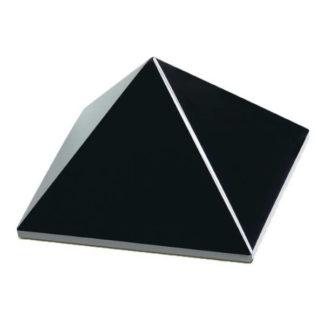 pyramide obsidienne noire